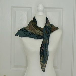 VINTAGE Gray/Blue Pattern Scarf/Wrap!